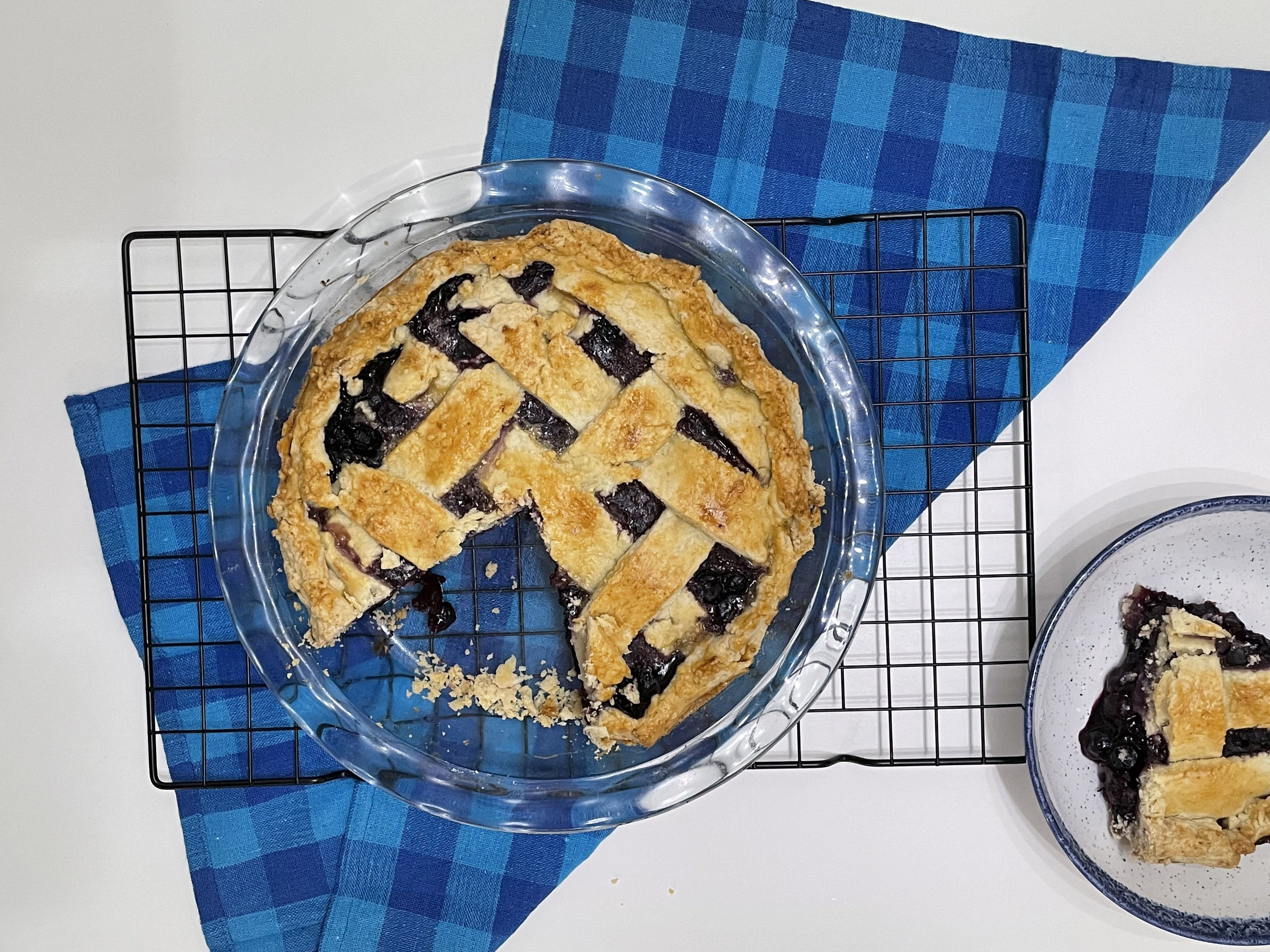 Blueberry pie with flaky crust